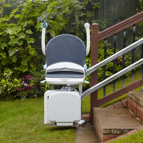 HANDYCARE 2000 outside exterior stairchair outdoor handy care