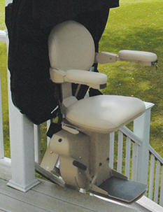 Fullerton outdoor exterior stair liftchair