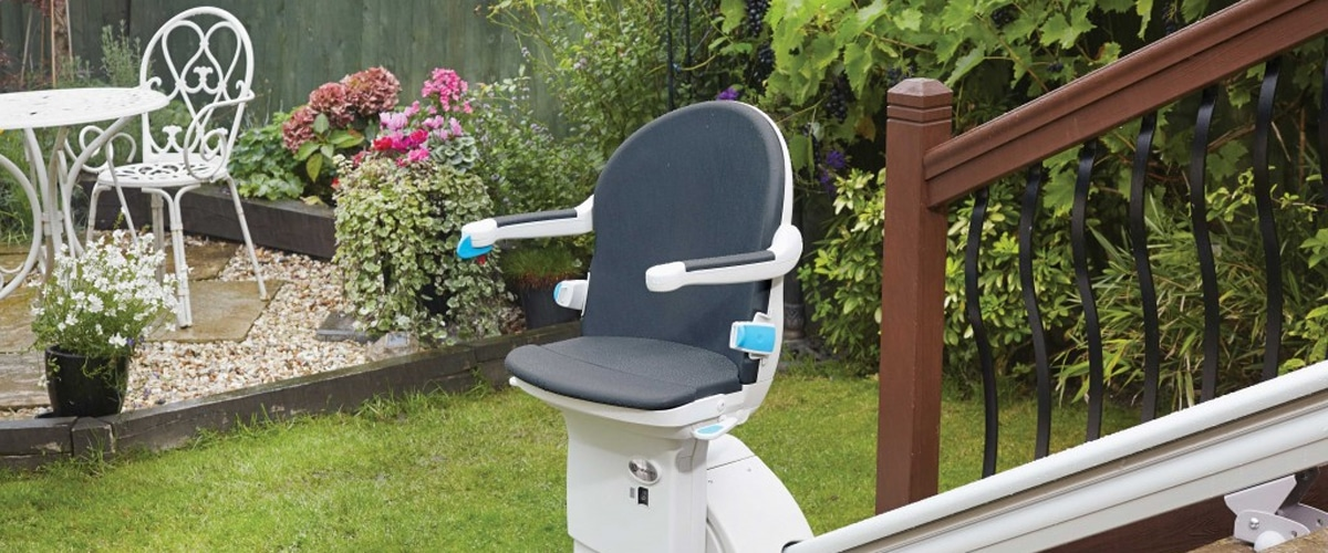 handicare 1000 outdoor stairlift exterior handycare best price cost sale outdoor chair stair lift