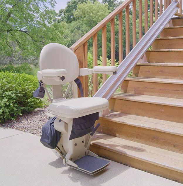 Bruno SRE2010E outdoor outside Los Angeles StairLift