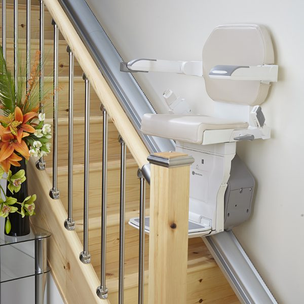 exclusive ELECTROPEDIC handicare xclusive stair chair lift